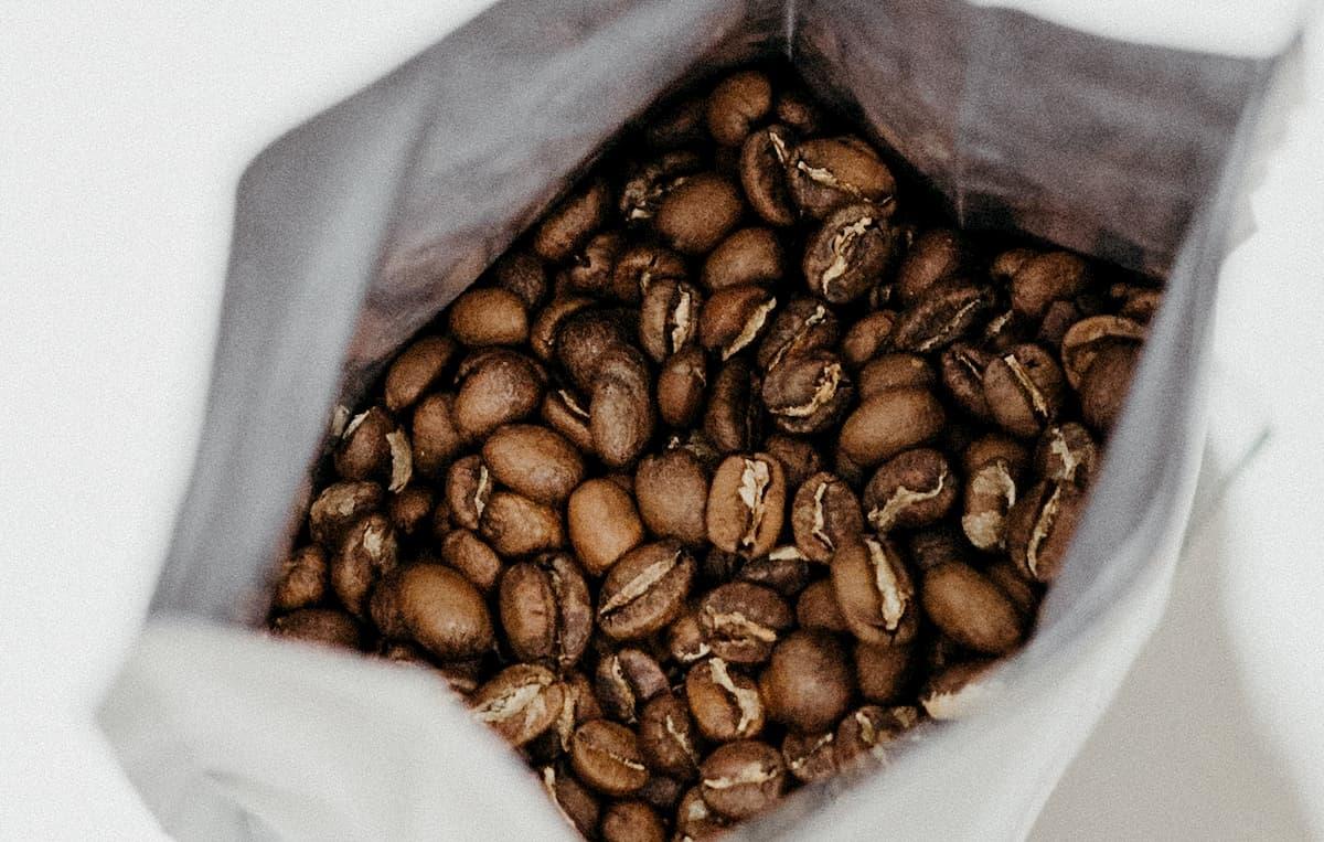 コーヒー豆市販でコスパが良い店チェーン店は?【ドトール・カルディ・スタバ比較】