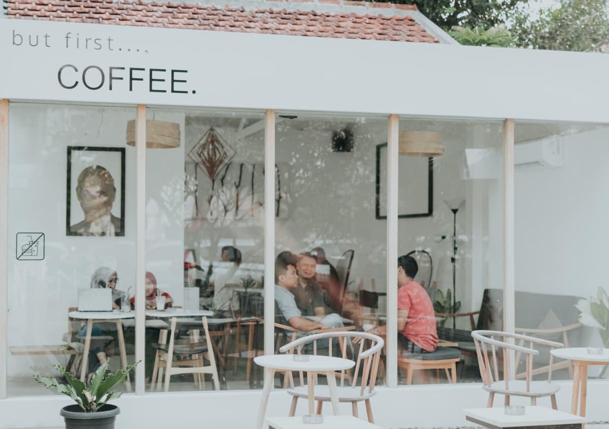 普遍的なコーヒーショップの価値