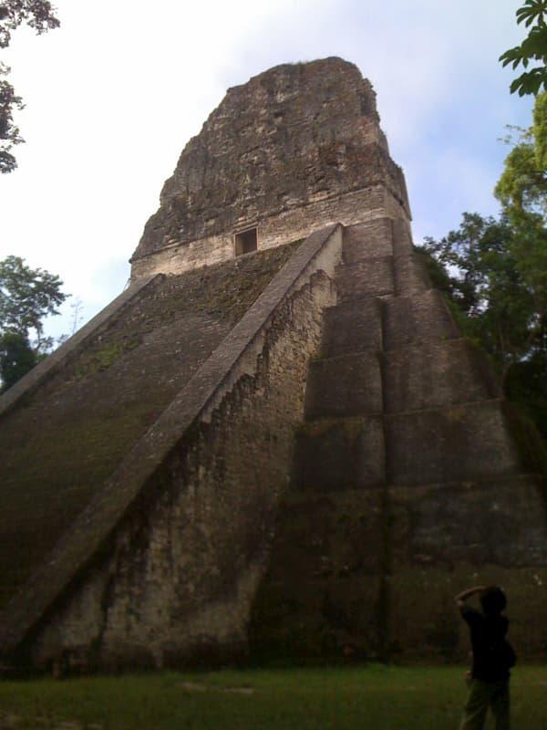 グアテマラ最大の遺跡・ティカル