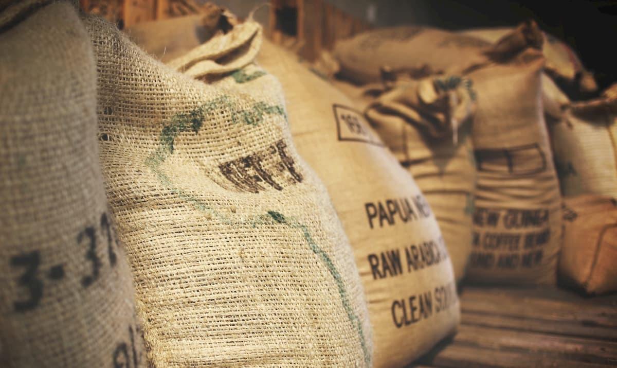 コーヒー生豆の保存期間について<
