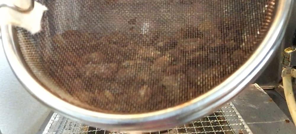 コーヒーの手網焙煎とは?