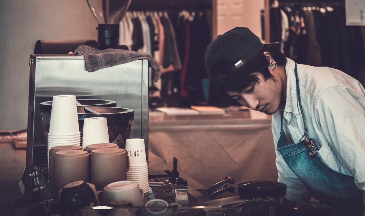 小さなカフェ開業向けのコーヒーマシンとは?