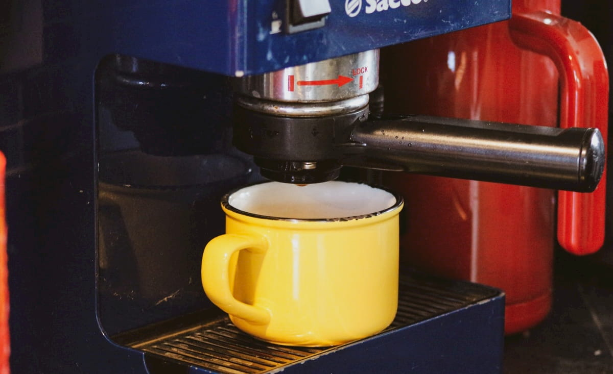 小さなカフェ開業向けのコーヒーマシン まとめ