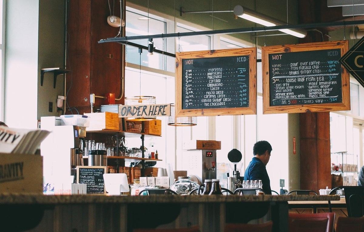 東京のカフェのフリーターで一人暮らしをするデメリット