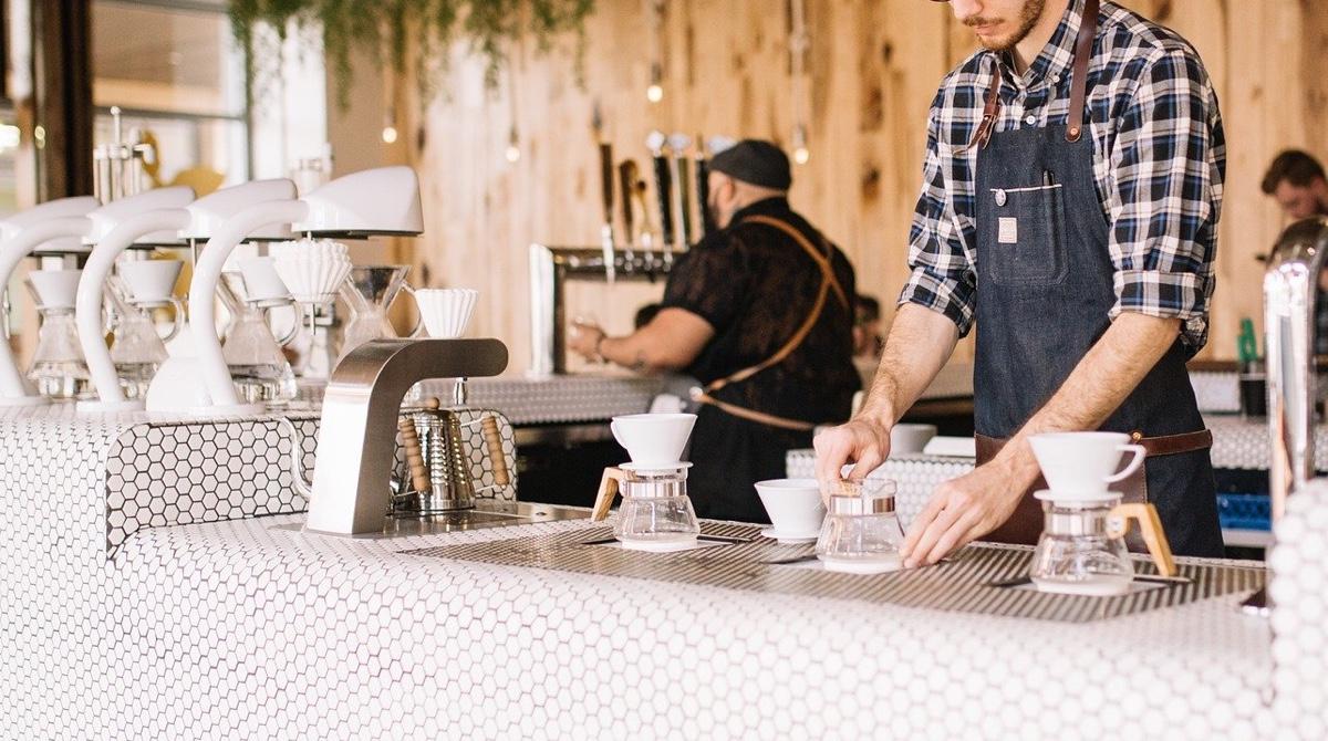 カフェでフリーターをやりながら、希望が持てるようになるには?