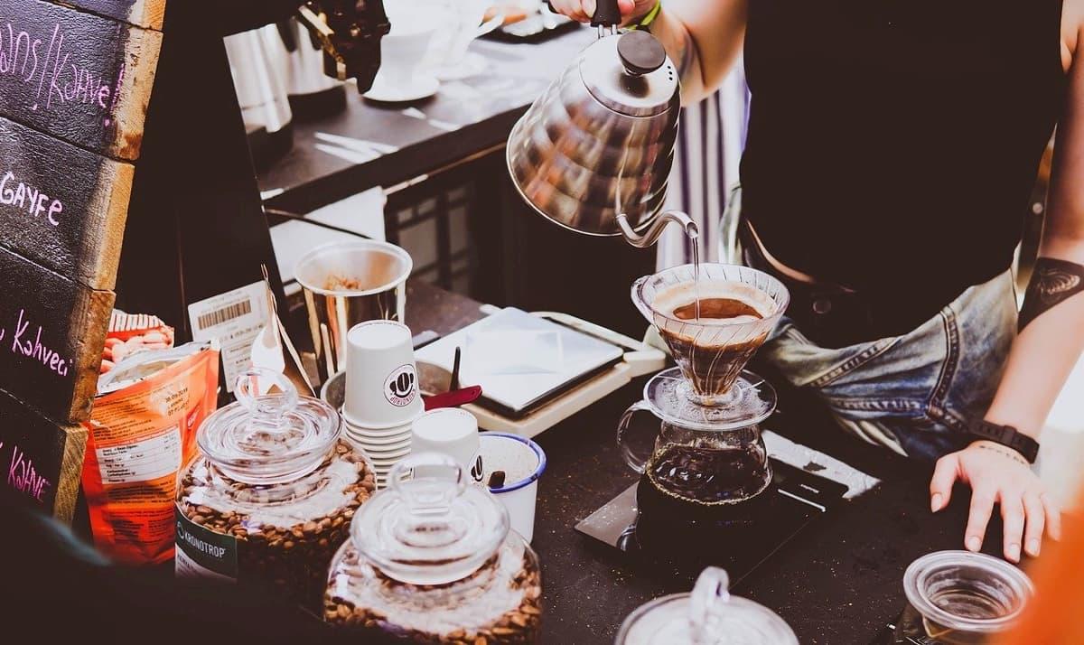 週末マーケットでのコーヒーショップ運営を副業にする