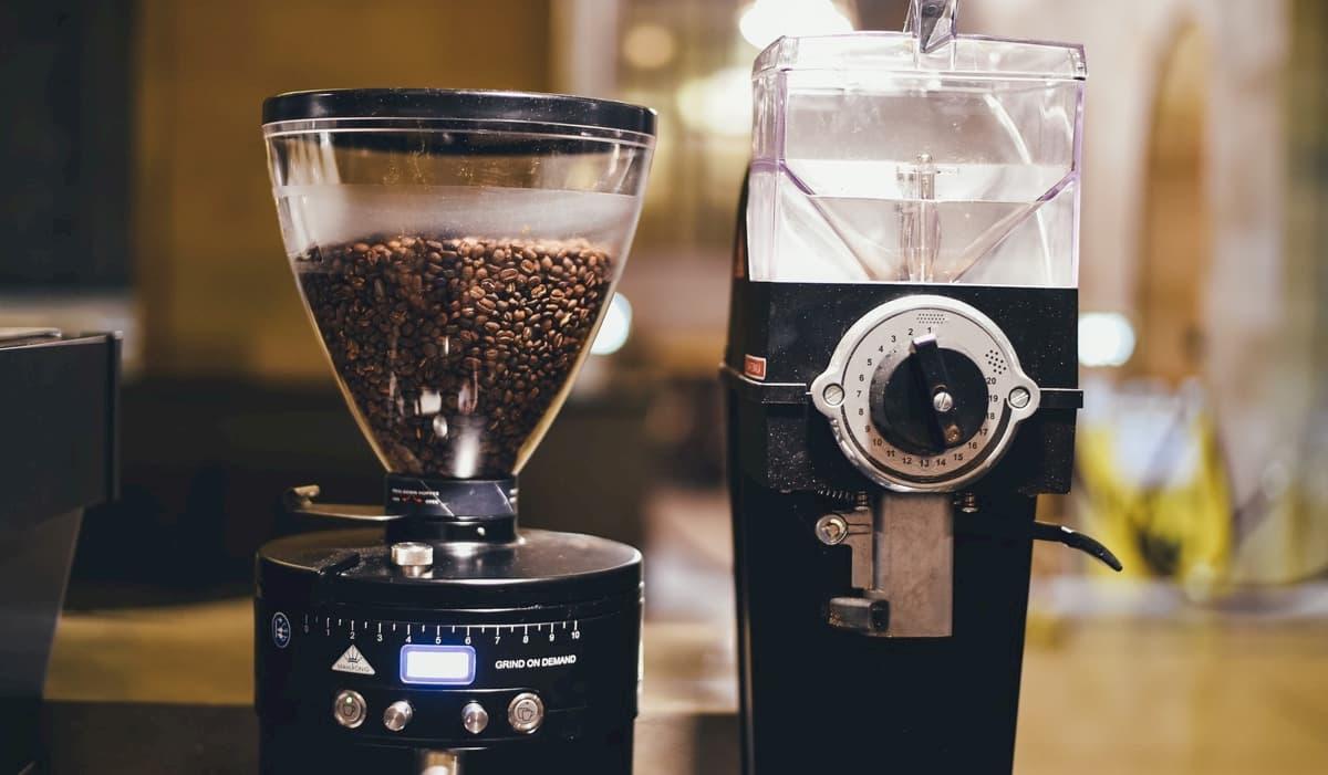 カフェ開業の必要な設備・機材とは