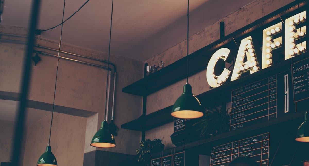 小さいカフェ開業で人件費はかけるべき?まとめ