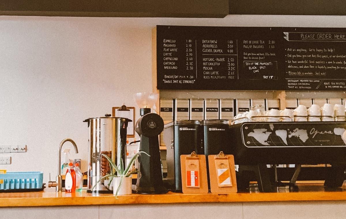 カフェ経営は難しい&儲からない?