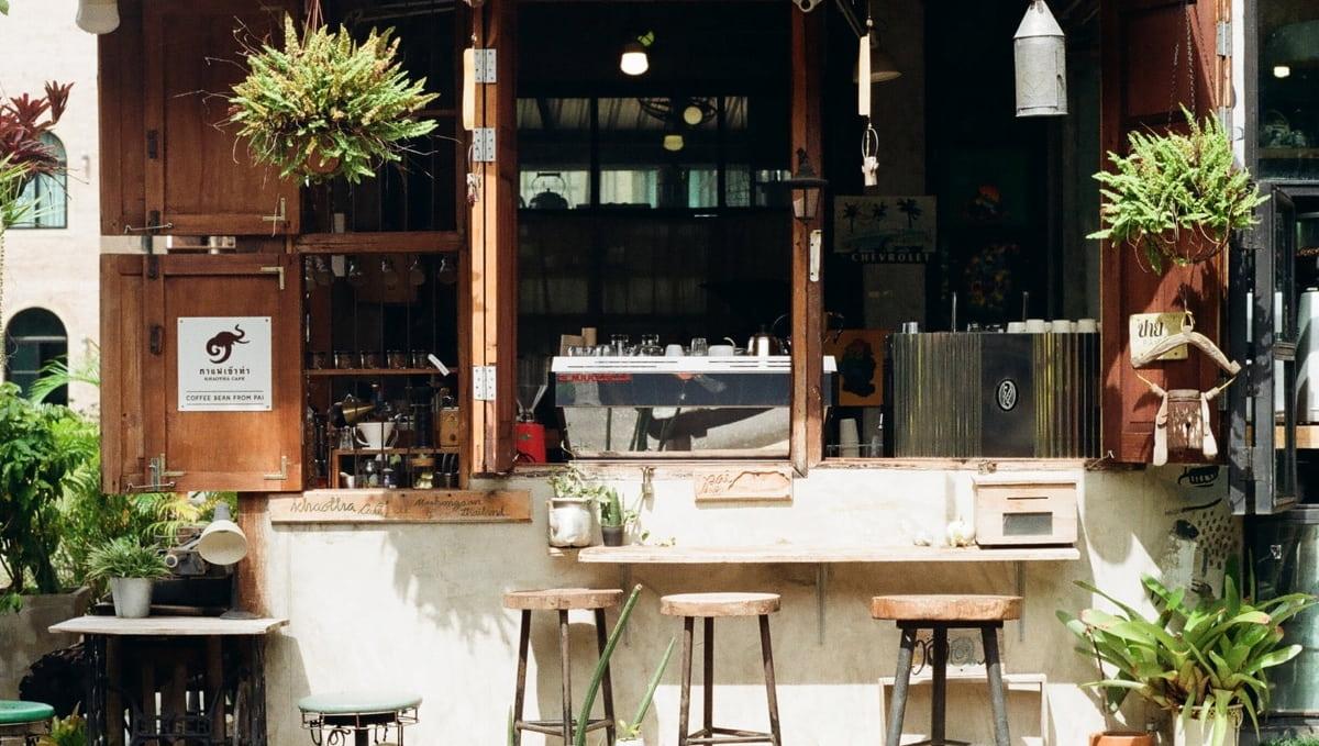 小さなカフェ経営するには【費用・売上のまとめ