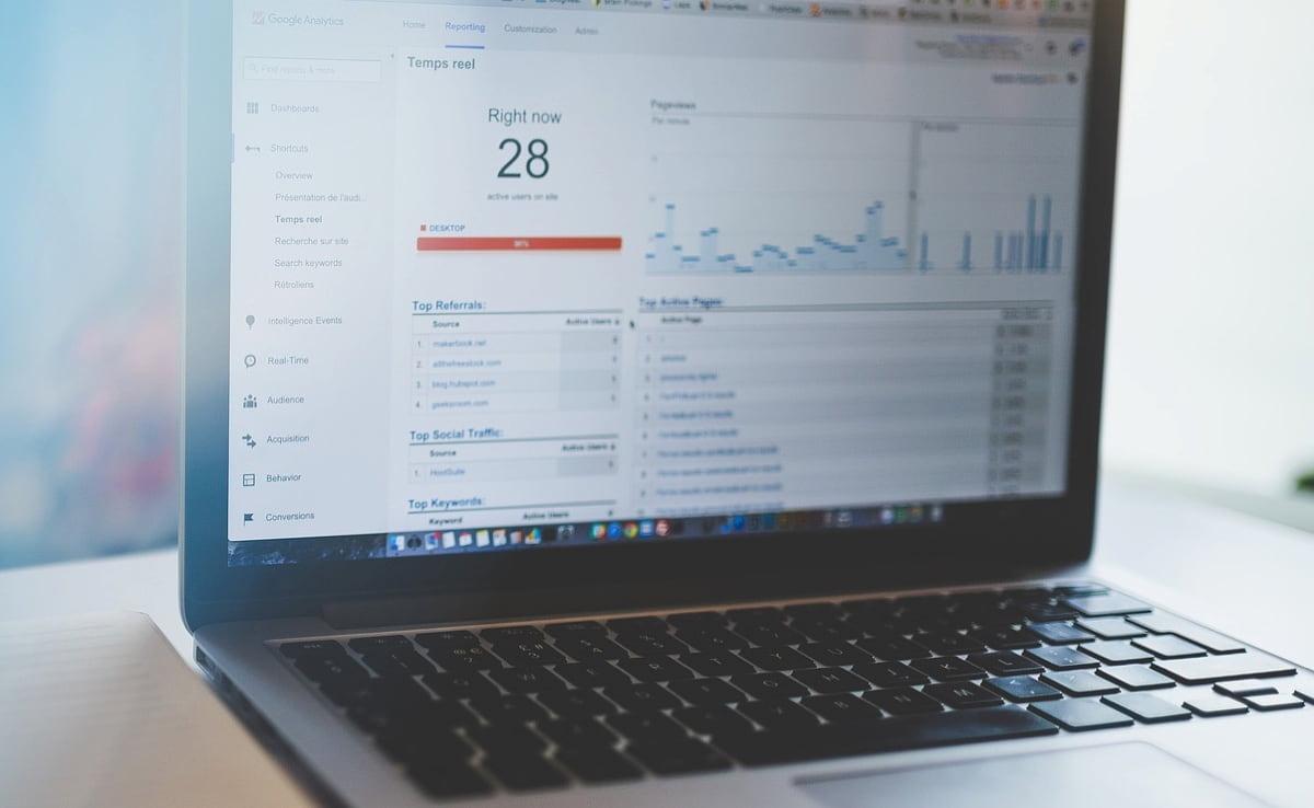 ブログは集客ツールとして優秀です。